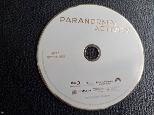 FILM BLU-RAY - PARANORMAL ACTIVITY