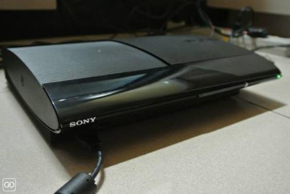 PLAYSTATION 3 - 500GB-1