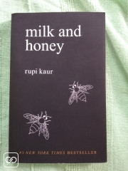 LIVRE - MILK AND HONEY - RUPI KAUR