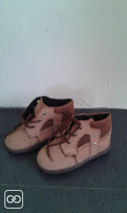 CHAUSSURES EN DAIM - TAILLE 23