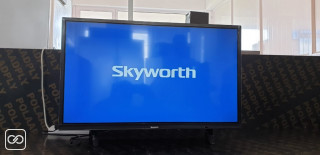SMART TV - SKYWORTH - 32""