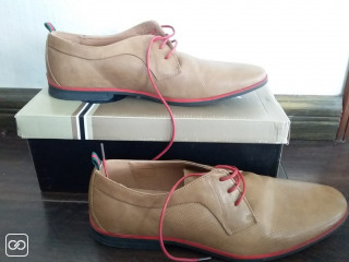 CHAUSSURES CLASSIQUE - TAILLE 42