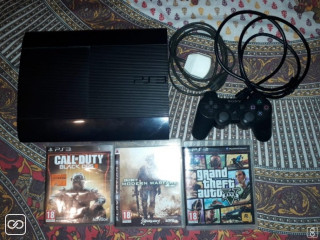 PLAYSTATION 3 - SLIM - 500GB/1 MANETTE/3 JEUX